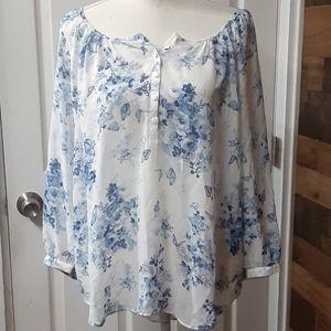 Lauren Conrad semisheer short sleeve top size L